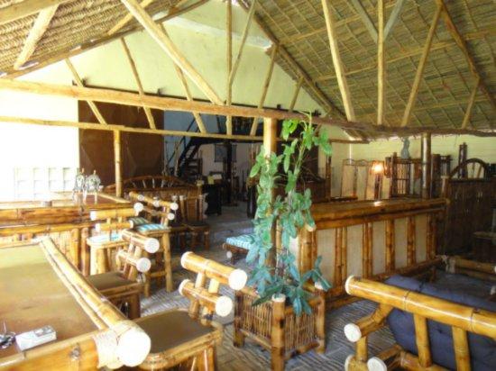 vente de tropical bambou fabrication et vente tamatave madagascar a vendre madagascar 11808. Black Bedroom Furniture Sets. Home Design Ideas