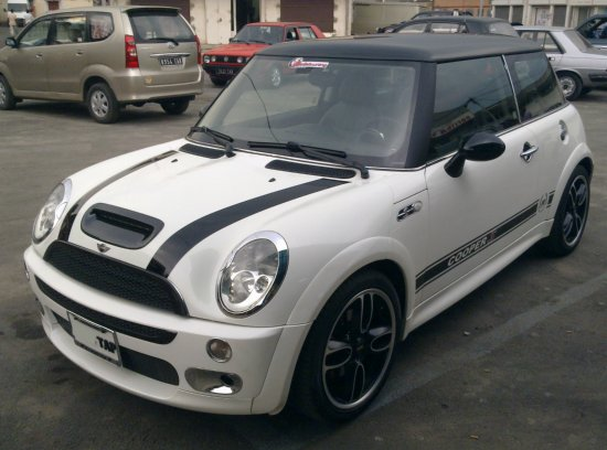 mini cooper s 1 6 compresseur 16 v a vendre madagascar 2837. Black Bedroom Furniture Sets. Home Design Ideas