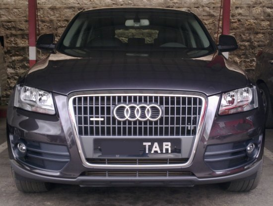 audi q5 2 0t voiture de direction tat neuf a vendre madagascar 3630. Black Bedroom Furniture Sets. Home Design Ideas