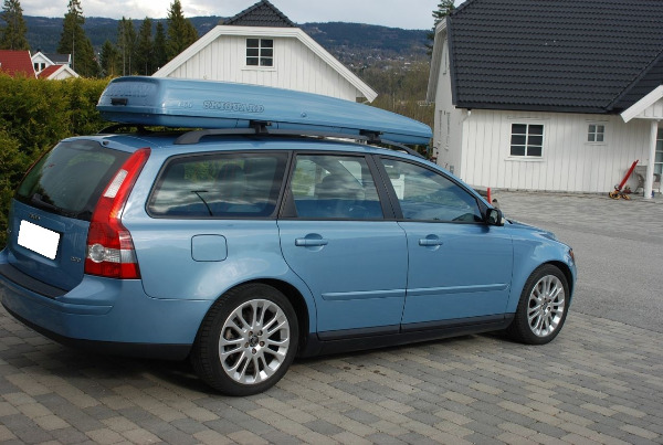 volvo v50 2 0 d a vendre madagascar 37724. Black Bedroom Furniture Sets. Home Design Ideas