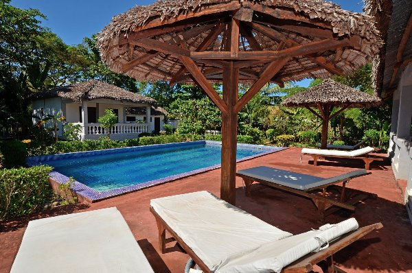 Photo 1 - Jolie villa avec bungalow et piscine