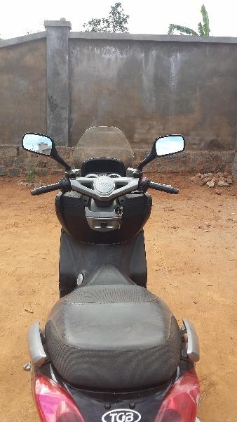 Photo 5 - maxi scooter TGB 125