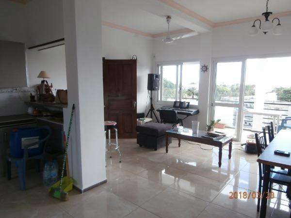 Photo 2 - APPARTEMENT T4 MAHAJANGA
