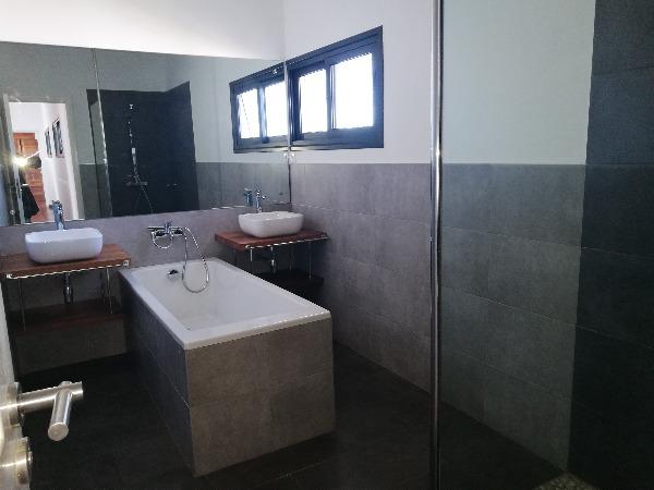 Photo 5 - une villa de standing F6 à 10 min du lycée français ambatob