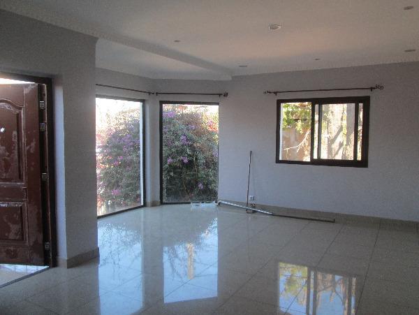 Photo 1 - Une villa à 3 étages sis à ivandry (ref: LVS 3058/18)