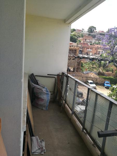 Photo 4 - un appartement T4 en vente sis à antsahabe (ref:VAS 1005/18