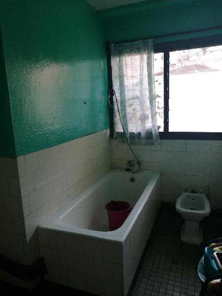 Photo 5 - un appartement T4 en vente sis à antsahabe (ref:VAS 1005/18