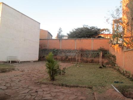 Photo 5 - deux appartements T3,T4 sis à mangarivotra itaosy(ref:VVS 20