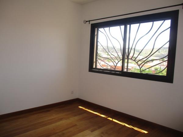 Photo 6 - En location un appartement de standing de type T4 à Ambatobe