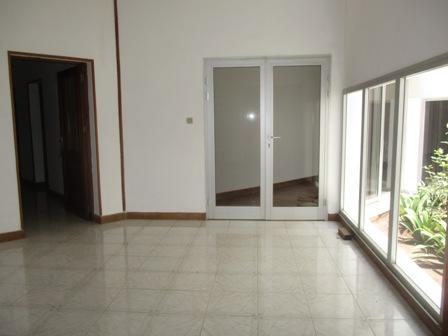 Photo 1 - une villa à étag semi-meublé sis à androndra(ref:LVS 2050/18