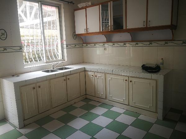 Photo 1 - une villa basse F4 sis à ambatobe(ref:LVS 3110/19)