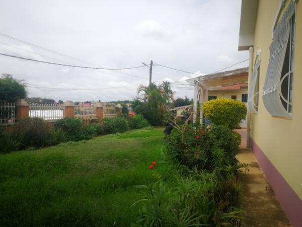 Photo 5 -  une villa de plain-pieds de type F4 à Ambatobe (LVS 3110/18