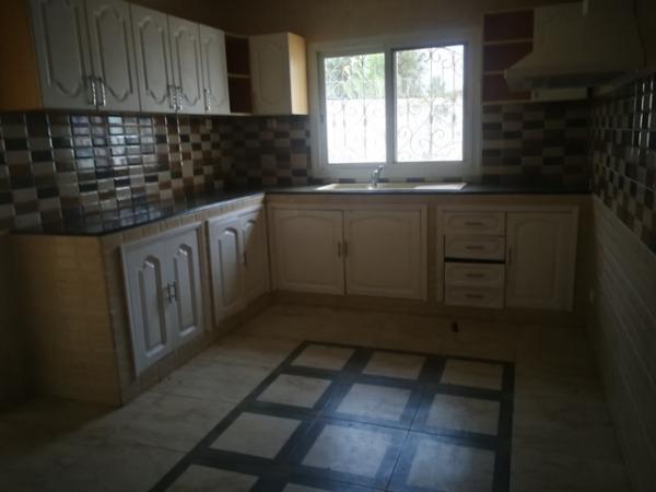 Photo 1 - une belle villa à étage F4 à Ambatobe (LVS 3111/19 )