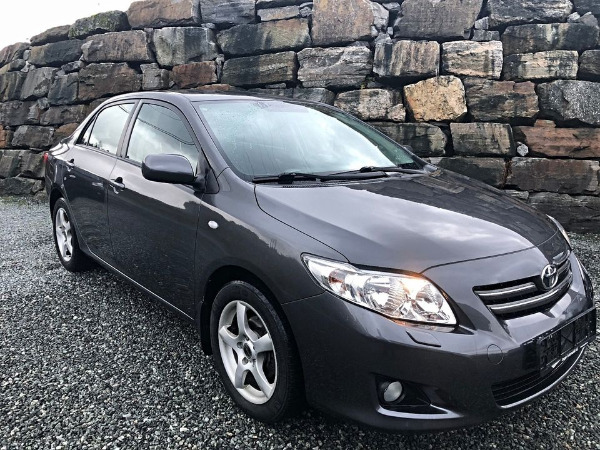 Photo 1 - Toyota Corolla