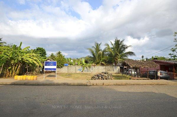 Photo 1 - Parcelle au bord de la route à Dar-es-salam