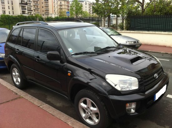 toyota rav4 diesel d4d occasion france a vendre madagascar 631. Black Bedroom Furniture Sets. Home Design Ideas